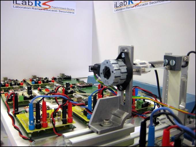 iLabRS. Plaques d'xperiments del laboratori remot.